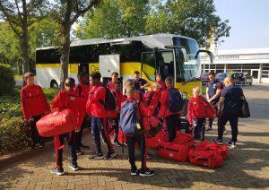Arsenal FC U13 als eerste aangekomen in Zutphen