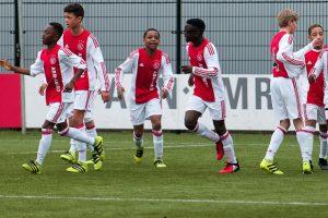 Ook Ajax U13 deelnemer op FC Zutphen toernooi